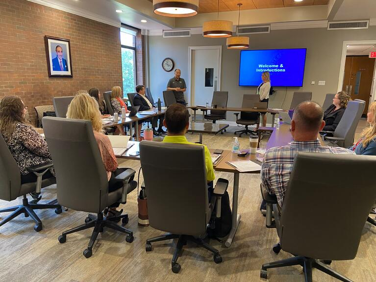 iCenter teams up to offer Simulated Workplace Entrepreneurship Pathway to high school students