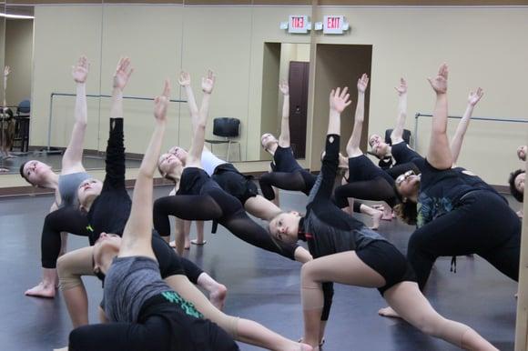 Award-winning Dayton Contemporary Dance Company dancers return to studios