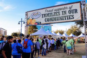 3 Grocers Helping Their Communities