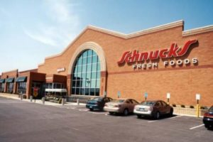 4 Grocers Setting the Bar For Employee and Community Appreciation
