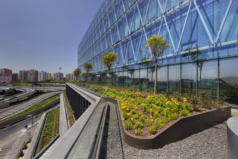 memorial bahçelievler-sağlık yapıları-çatı bahçesi