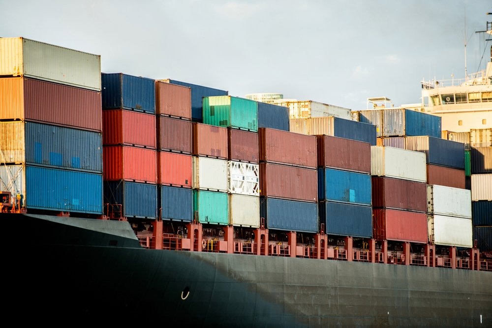 Are Ships Getting Too Big? Suezmax and Economies of Scale in Global Shipping