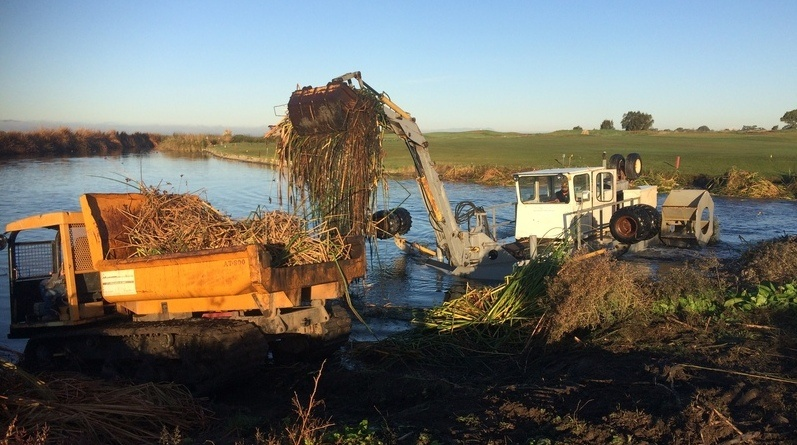 Which Dredging or Sediment Removal Option Is Best for My