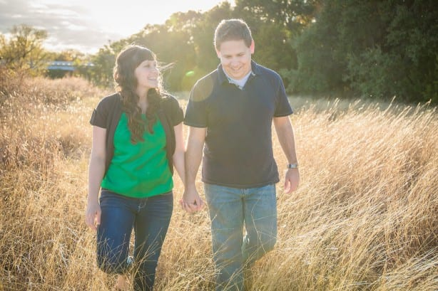 Arielle Lewis Photography. Engagement Photos. What to Wear.