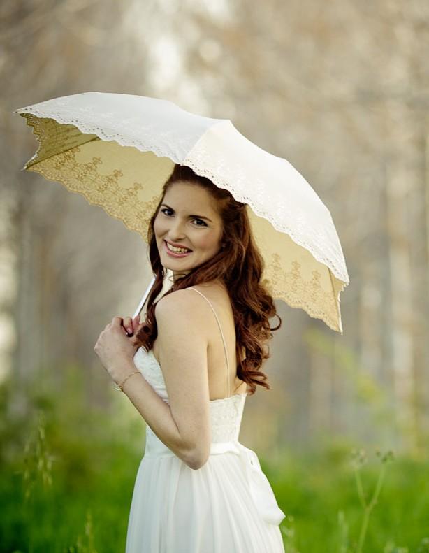 bridesmaid parasol bouquet alternative
