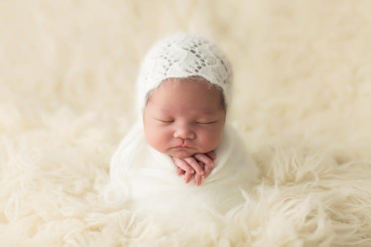 newborn baby photo like a potato