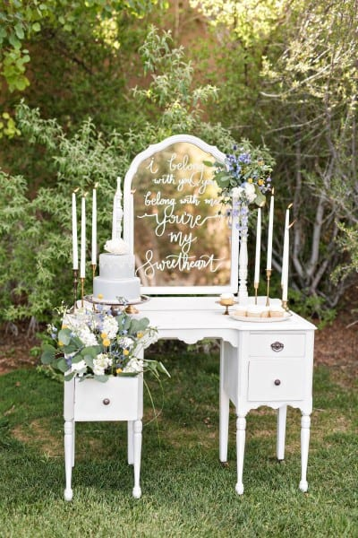 Missy Rich Photography. Darling Details Vintage Decor.