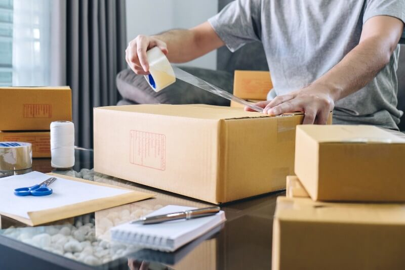 Business of Packing and Shipping: 6 Tips