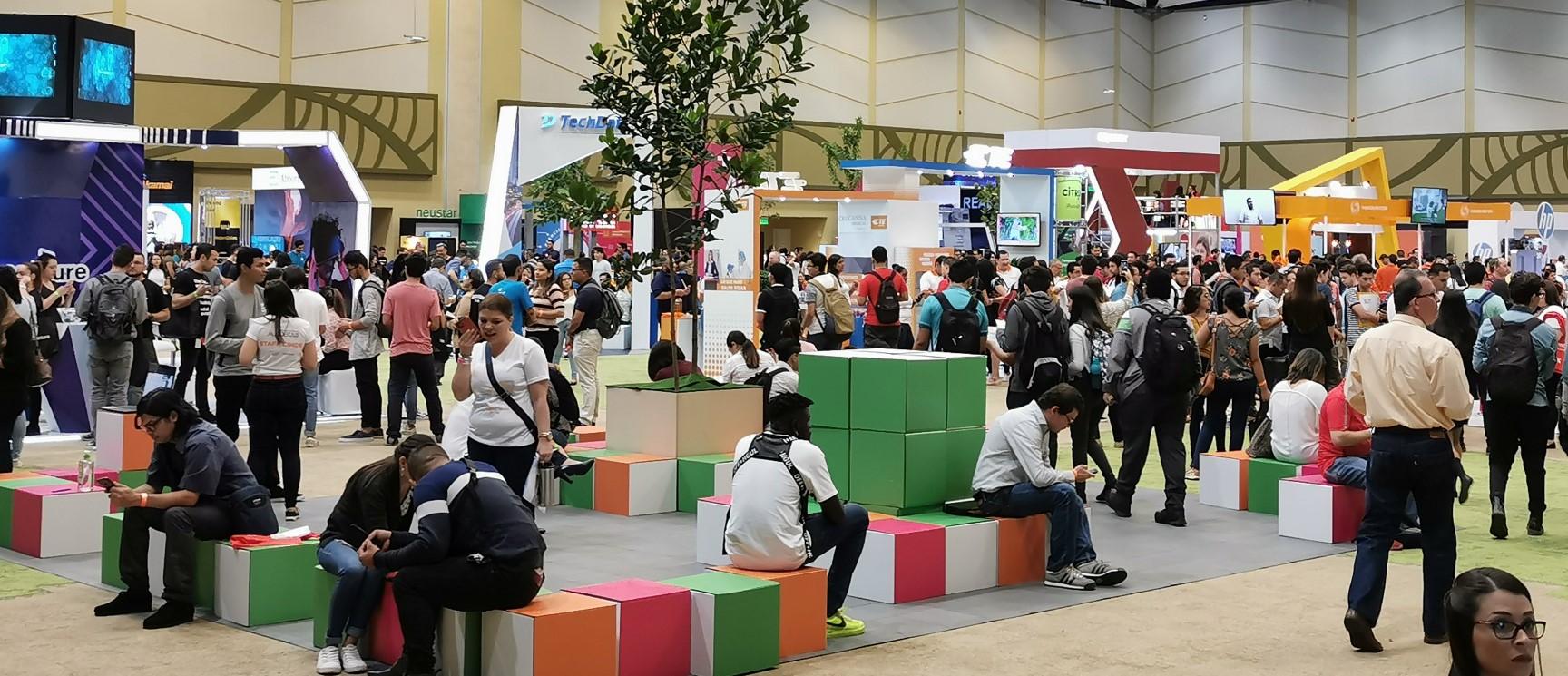 Más de 3.000 personas asistieron al primer día de CINDE Job Fair