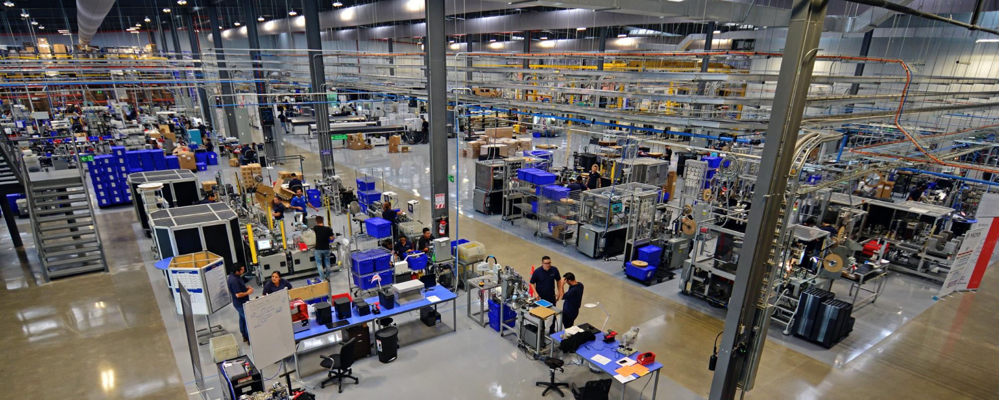 Microtechnologies Costa Rica manufactura piezas para ventiladores artificiales de Ford