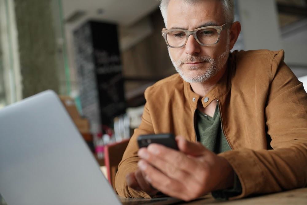 Acomodarea cu ochelarii de vedere: ce trebuie sa stii de la prima purtare
